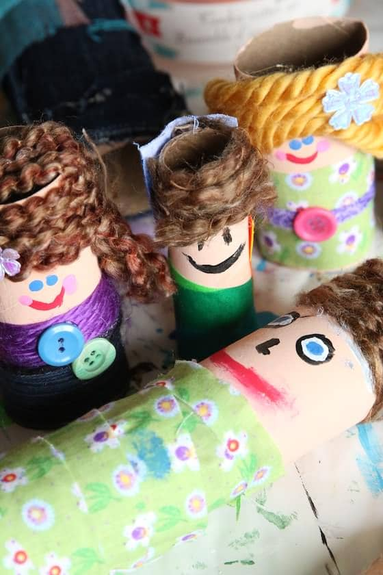 1 doll from paper towel roll 3 dolls from toilet rolls