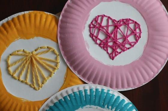 paper plate heart weaving