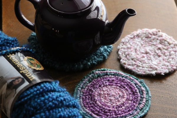horizontal teapot yarn and trivets