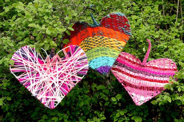 horizontal-woven-hearts-in-tree