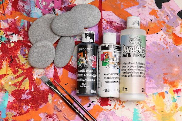 Beach Stones, Paint, Varnish, Paint brushes