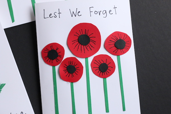 poppy card - 5 circle poppies with details on petals in black ink
