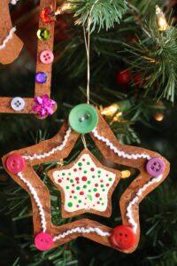 gingerbread star ornament on Christmas tree pin img