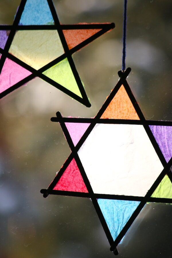stained glass tissue paper popsicle sticks feature image