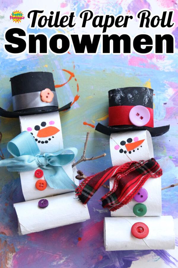 artisanat de bonhomme de neige en rouleau de papier toilette empilé